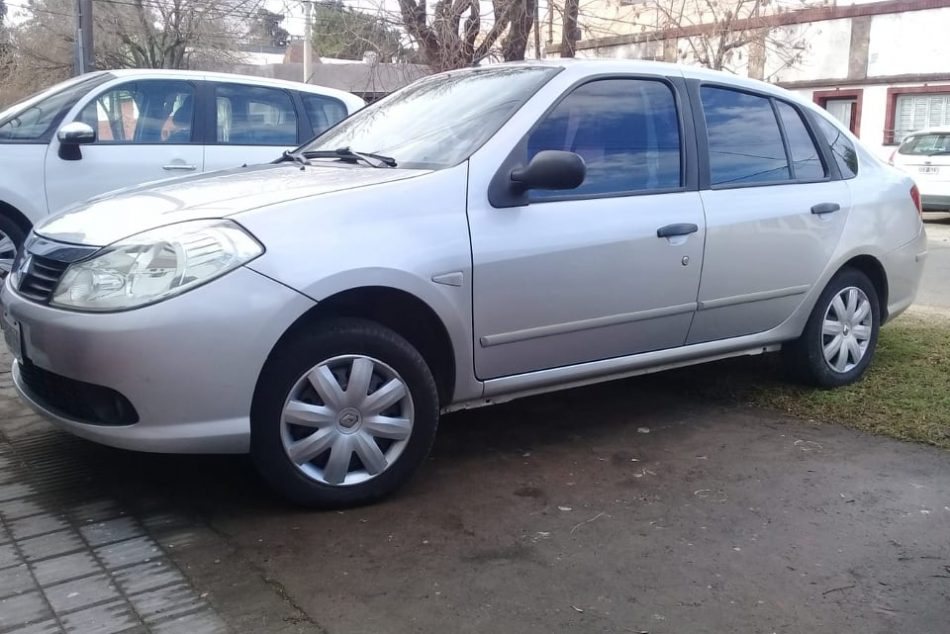 158975138-Renault Symbol completo