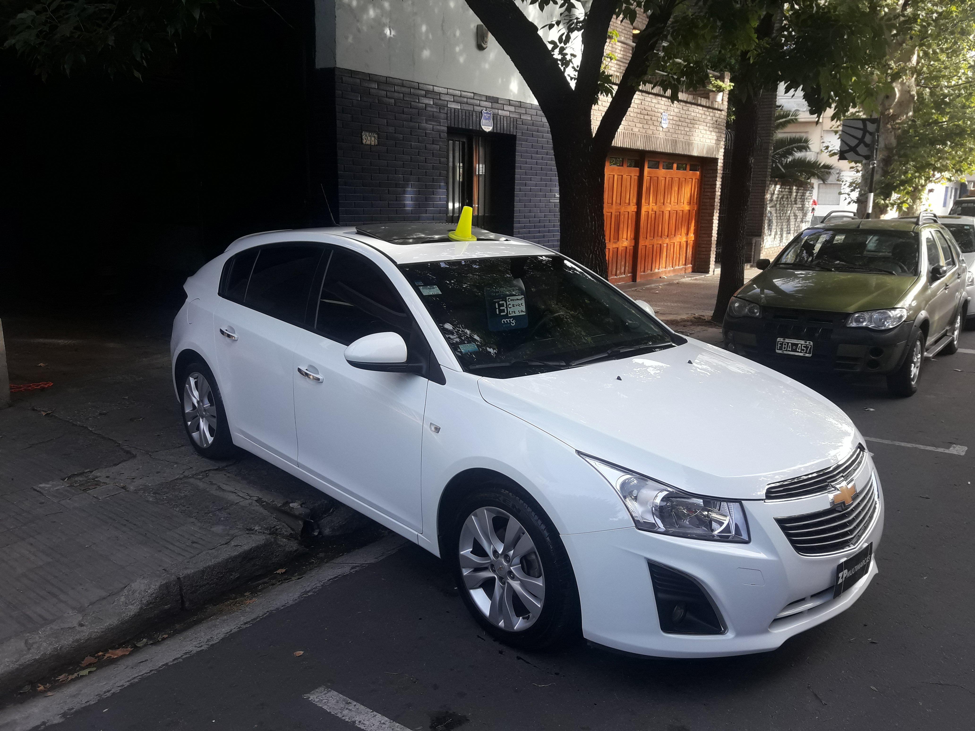 1388778899-Chevrolet Cruze