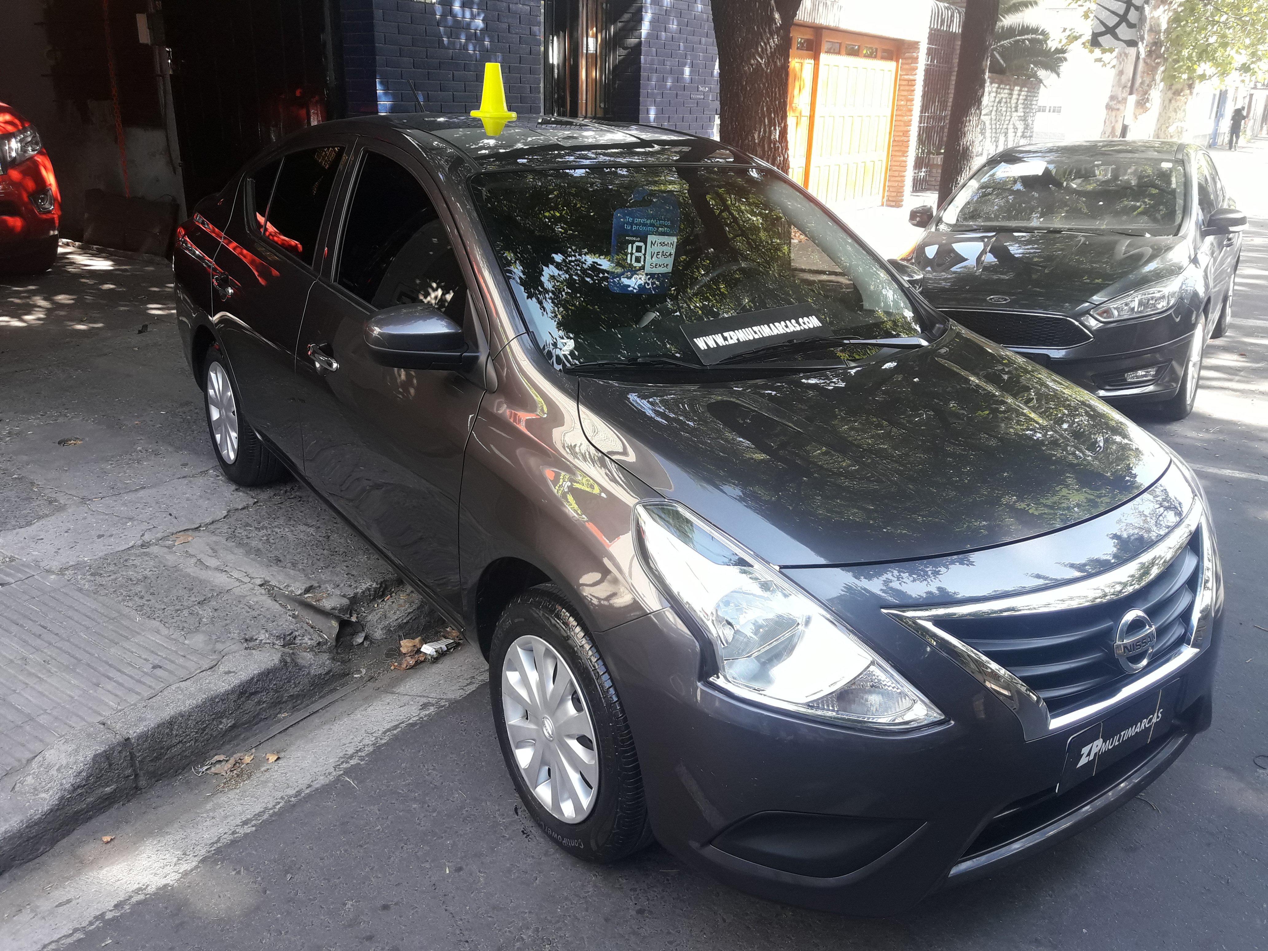 565699392-Nissan Versa