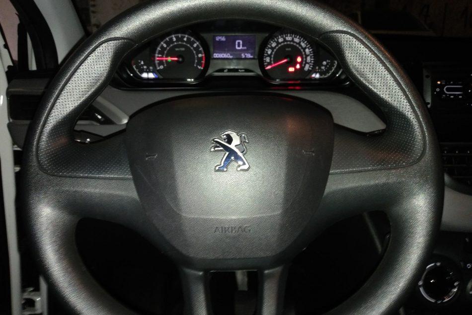 1137857686-Peugeot 208 completo