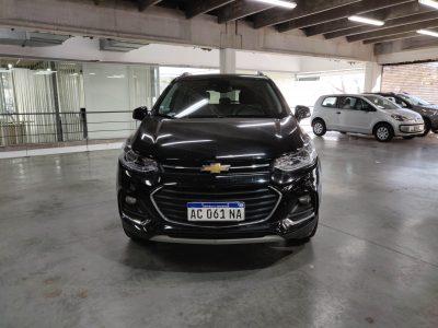 807917130-Chevrolet Tracker completo