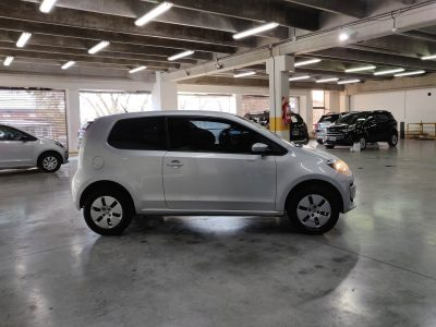 551200238-Volkswagen Up! completo