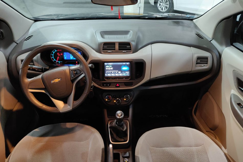 1854727094-Chevrolet Spin completo