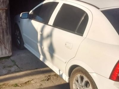1252327841-Chevrolet Astra completo