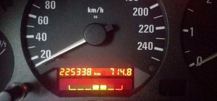 58289279-BMW completo