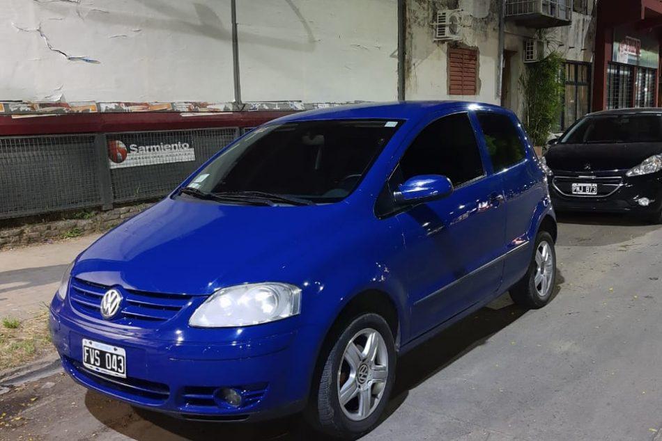 1803667109-Volkswagen Fox completo
