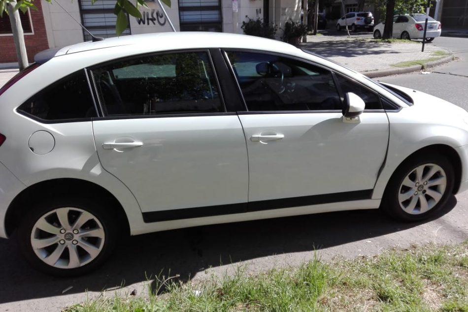 1758459251-Citroën C4 completo