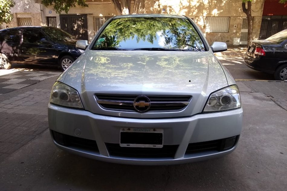 519291975-Chevrolet Astra completo