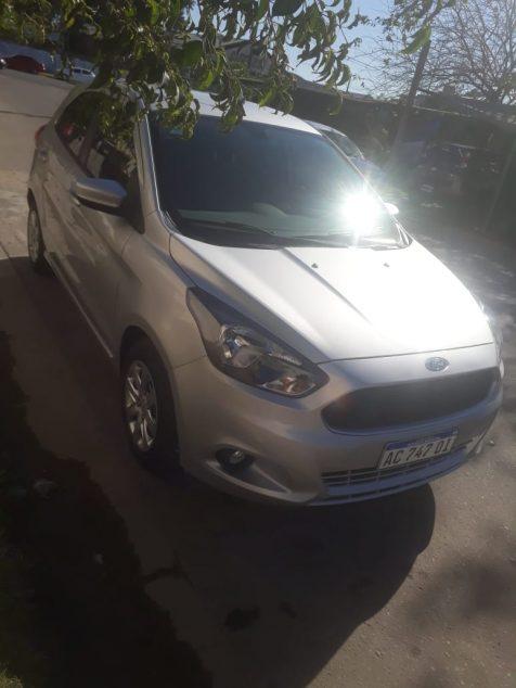 1733567059-Ford Ka completo