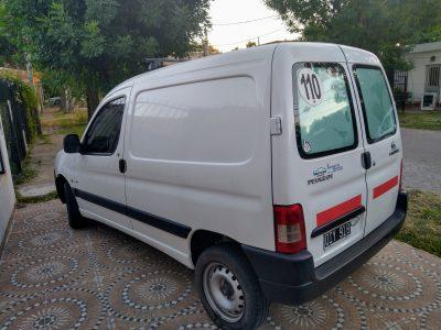 1459632849-  Peugeot Partner completo