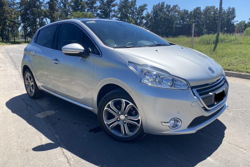 205092949-Peugeot 208 completo