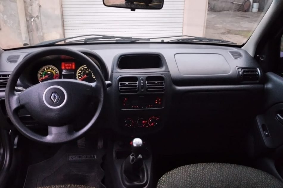 426611924-Renault Clio completo