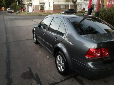 665186776-Volkswagen Bora completo