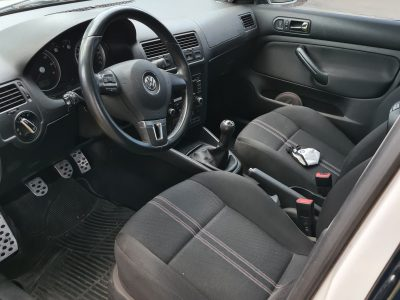 1061977319-Volkswagen Bora completo