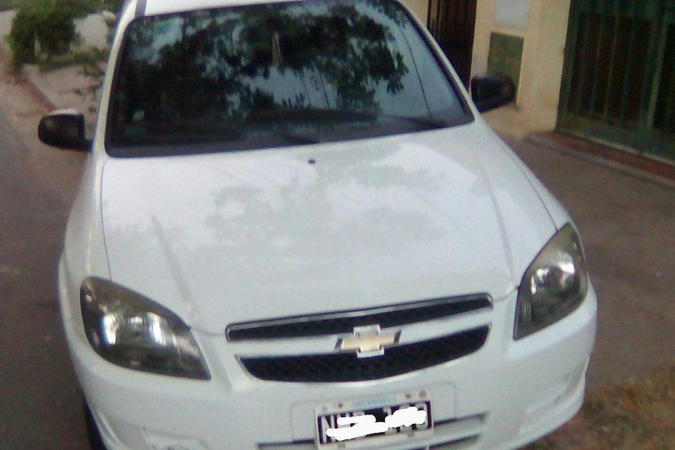 15150117-Chevrolet Celta completo