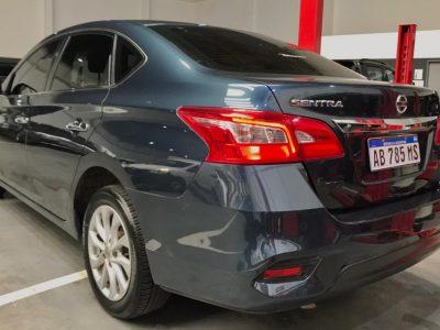671451550-Nissan Sentra completo