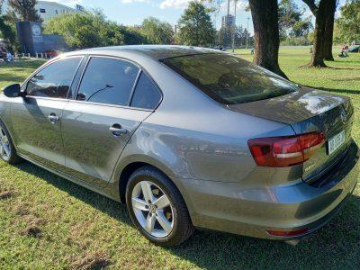 1144496455-Volkswagen Vento completo