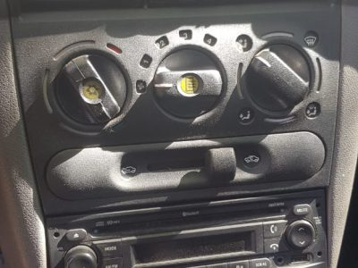 58490194-Chevrolet Classic completo