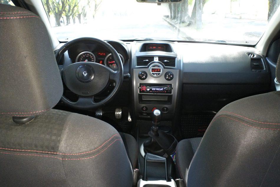 79452605-Renault Mégane II completo
