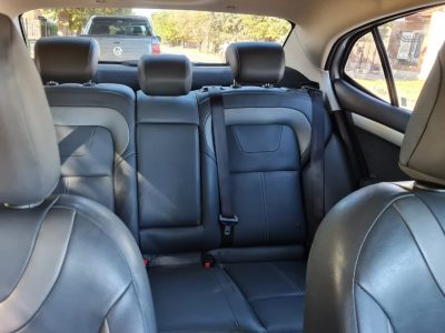 8303341-Citroën C4 Lounge completo