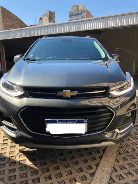 1281038452-Chevrolet Tracker completo