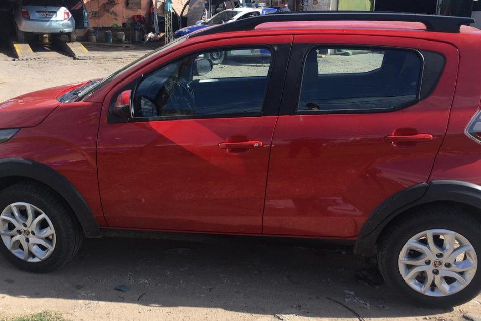 1426353258-Fiat Mobi completo