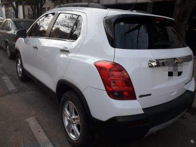 1299717545-Chevrolet Tracker completo