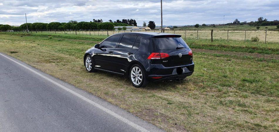 789441184-Volkswagen Golf completo