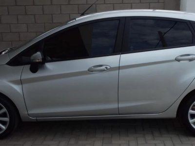 1825780934-Ford Fiesta Kinetic Design completo