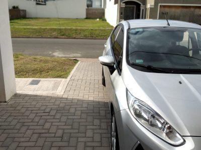 1315539366-Ford Fiesta Kinetic Design completo